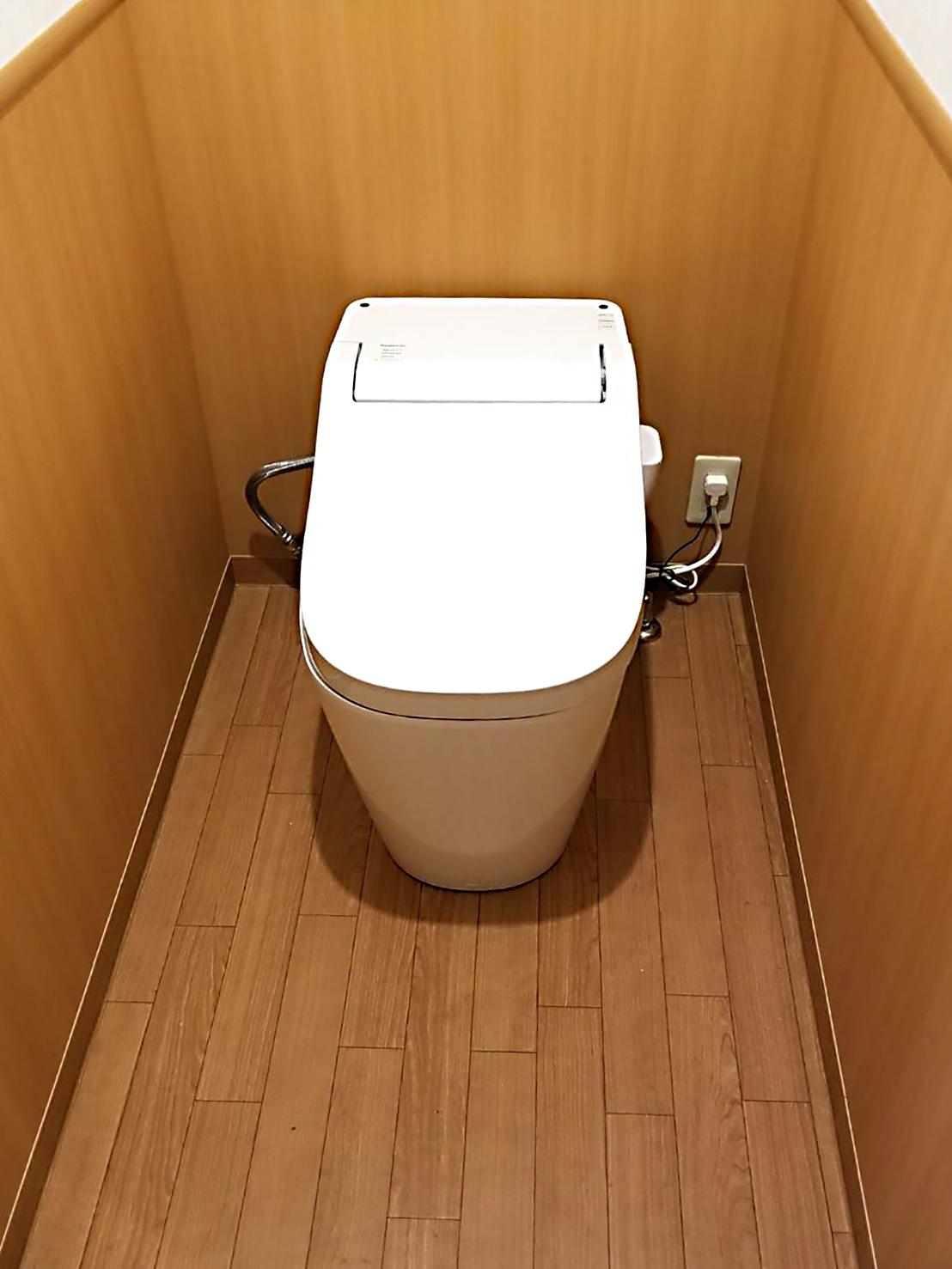 トイレのリフォーム アフター02 パナソニックのアラウーノSⅡ